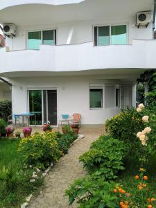Apartments and Rooms Mila, Ульцинь