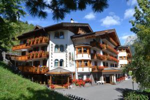 Hotel La Soldanella - Moena