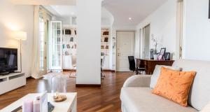 ALTIDO the lounge balcony - AbcAlberghi.com
