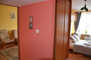 Warsaw economy apartment