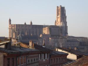 . Les Berges de la Cathédrale