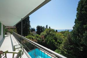 Villa Gecko, lovely family villa with private pool 100m from lake and shops, Ville  Gardone Riviera - big - 23