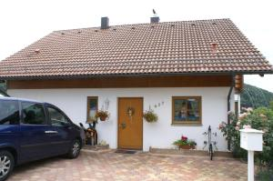 Vreni's Gästezimmer - Hotel - Himmelried
