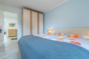 Ferienwohnungen Rosengarten, Апартаменты  Бёргеренде-Ретвиш - big - 328