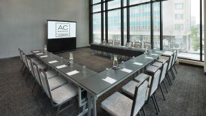 AC Hotel by Marriott Montreal Downtown, Отели  Монреаль - big - 31