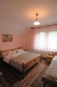 Rooms Family Glumac, Guest houses  Jezerce - big - 100