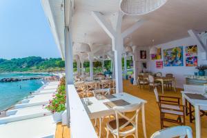 Flores Garden Beach Residence, Apartmány  Černomorec - big - 36