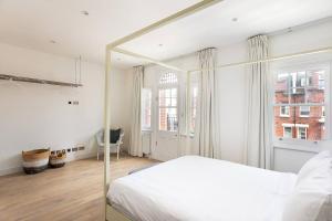Luxury Top Floor Home In West Kensington W/Terrace, Ferienwohnungen  London - big - 22