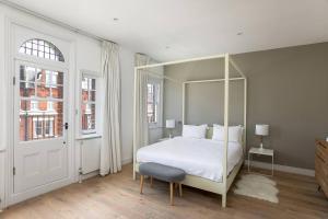 Luxury Top Floor Home In West Kensington W/Terrace, Ferienwohnungen  London - big - 23
