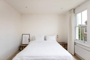 Luxury Top Floor Home In West Kensington W/Terrace, Ferienwohnungen  London - big - 26