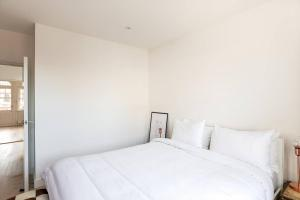 Luxury Top Floor Home In West Kensington W/Terrace, Ferienwohnungen  London - big - 10