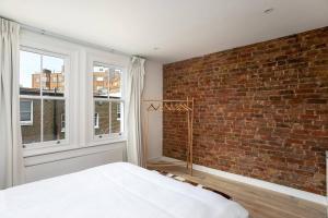 Luxury Top Floor Home In West Kensington W/Terrace, Ferienwohnungen  London - big - 9