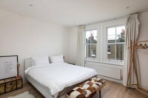 Luxury Top Floor Home In West Kensington W/Terrace, Ferienwohnungen  London - big - 42