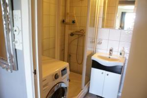 Solferie Holiday Home- Gullveien, Апартаменты  Кристиансанн - big - 34