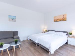 VacationClub - Aquamarina Apartment C- 21