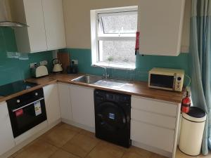 obrázek - 3 Bed, Newly renovated, Cork city- Suits 5 guests