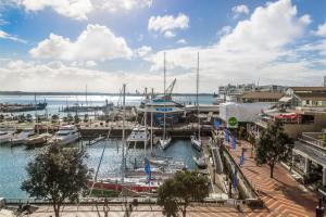 CBD Viaduct Harbour Resort photos