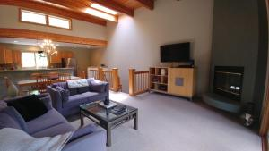 . Riverside D203 Two-bedroom Apartment