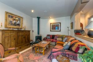 . Eclectic on Main Street Two-bedroom Apartment