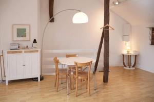 Le Studio Moret Sur Loing France J2ski