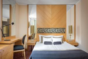 Marmara Hotel (1 of 56)
