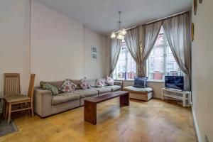 obrázek - Bright, Spacious 2BR Central Manchester Flat for 4