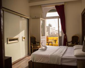 New Grand Royal Hotel, Хостелы - Каир