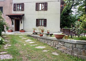 A Casa di Nonna - Apartment - Pian degli Ontani