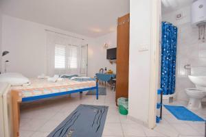Vila Skocidjevojka, Apartmanok  Petrovac na Moru - big - 106