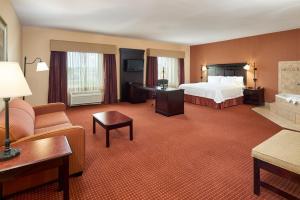 Hampton Inn & Suites Buda, Szállodák  Buda - big - 38