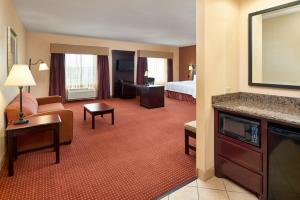 Hampton Inn & Suites Buda, Szállodák  Buda - big - 40