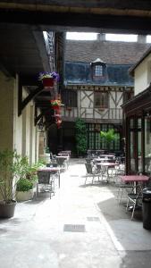 LE VIEUX RELAIS - Hotel - Cosne Cours sur Loire