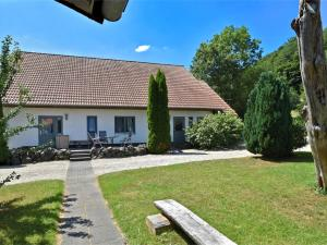 Holiday home Am Ferienbauernhof III - Gellershausen