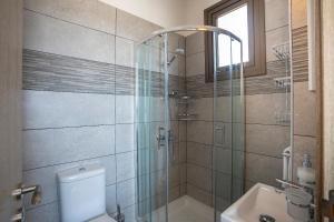 Louis Chris Le Mare - Luxury Villa, Villen  Protaras - big - 28