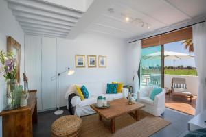 Louis Chris Le Mare - Luxury Villa, Villen  Protaras - big - 7