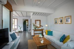 Louis Chris Le Mare - Luxury Villa, Villen  Protaras - big - 5