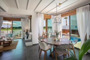 Louis Chris Le Mare - Luxury Villa, Villen  Protaras - big - 13