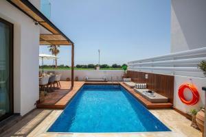Louis Chris Le Mare - Luxury Villa, Villen  Protaras - big - 10