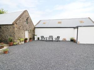 The Farmhouse, New Inn - Dundrum