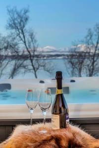Robukta Lodge, Apartmány  Tromsø - big - 38