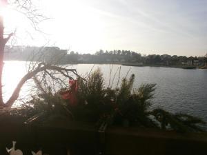 apartament z widokiem na jezioro