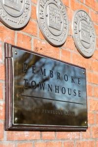 Pembroke Townhouse (2 of 15)