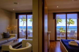 Les Palmiers Luxury Suites