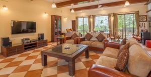 Northeast Villa, Vily  Lonavala - big - 4