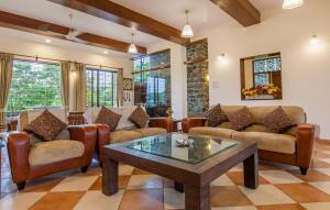Northeast Villa, Vily  Lonavala - big - 8