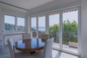 Triestevillas S.DA del FRIULI, balcony and sea view for 5guests - Villa Opicina