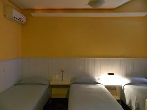 Hotel Ivo De Conto, Hotel  Porto Alegre - big - 13