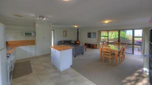 Bucks Point - Norfolk Island Holiday Homes, Dovolenkové domy  Burnt Pine - big - 9
