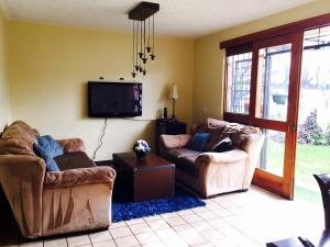 Large cosy apartment with private covered garden and plenty , San José