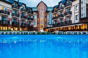 Отель Premium Club, Яремче